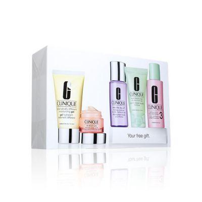 Exclusive Daily Essentials Skin Care Set