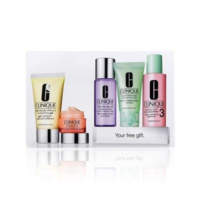Exclusive Daily Essentials Skin Care Set