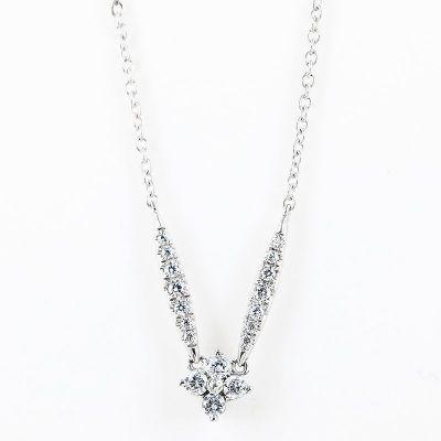 SS925纯银锆石花形项鍊