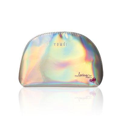 [凡購買YUMEI指定彩妝產品 送] 幻彩亮銀化妝袋*送贈禮物數量有限,送完即止。